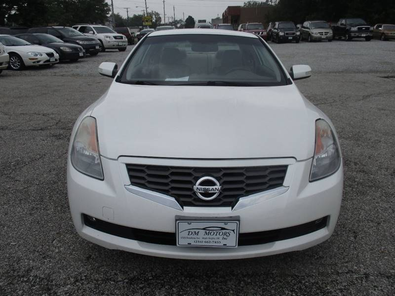 2009 Nissan Altima 3.5 SE 2dr Coupe 6M - Maple Heights OH