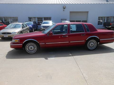 1995 Lincoln Town Car for sale in Waverly, IA