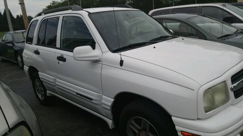 2004 Chevrolet Tracker LT 4dr SUV - Fort Wayne IN