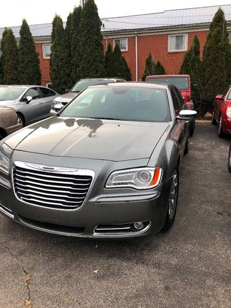 2012 chrysler 300 c 4dr sedan in fort wayne in engle road auto. Black Bedroom Furniture Sets. Home Design Ideas