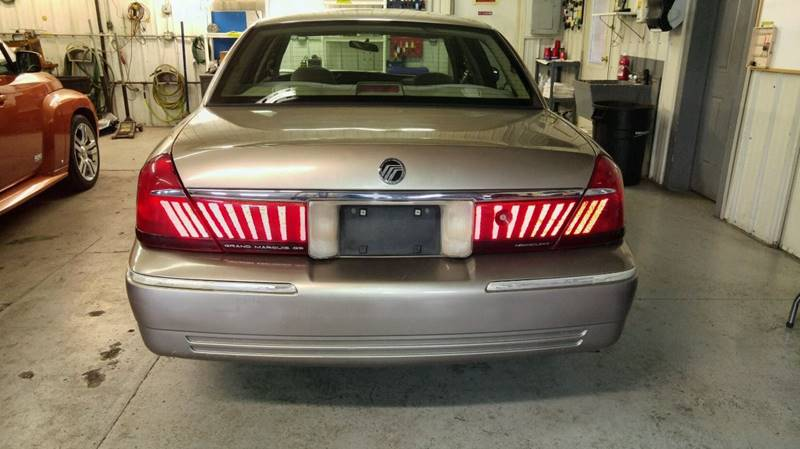 2001 Mercury Grand Marquis GS 4dr Sedan - Fort Wayne IN