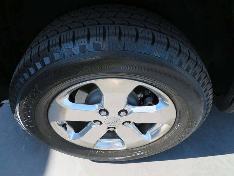 2012 Jeep Grand Cherokee 4x2 Laredo 4dr SUV - Tucson AZ