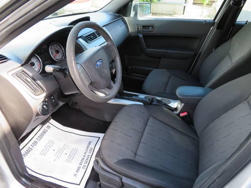 2010 Ford Focus SE 4dr Sedan - Tucson AZ