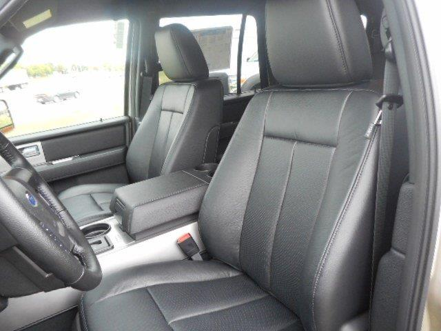 2017 Ford Expedition 4x4 XLT 4dr SUV - Franklin WI