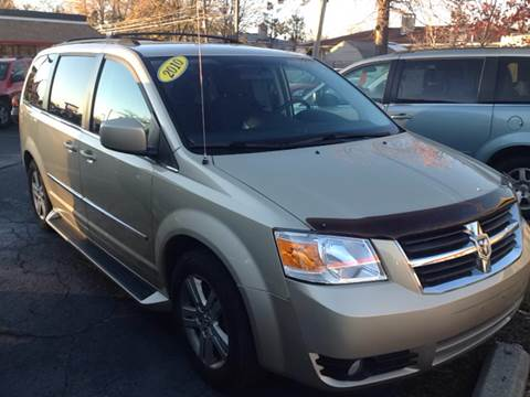 2010 Chrysler Town and Country for sale in Eastpointe, MI