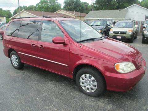 2004 Kia Sedona for sale at U C AUTO in Urbana IL