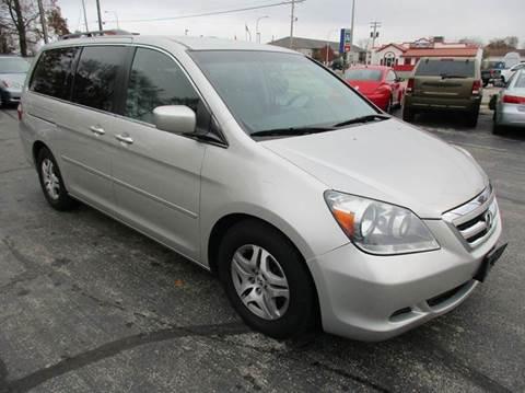 2005 Honda Odyssey for sale at U C AUTO in Urbana IL
