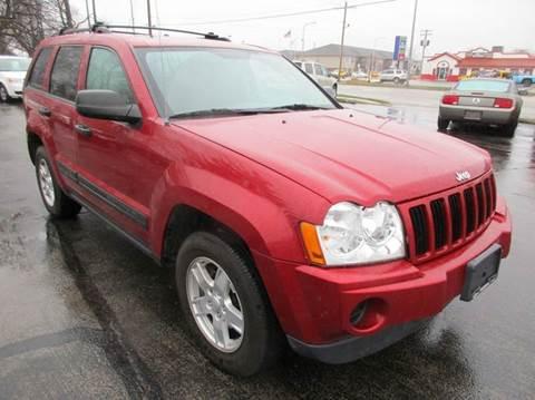2006 Jeep Grand Cherokee for sale at U C AUTO in Urbana IL
