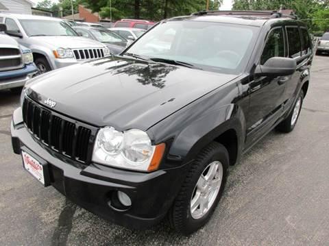 2005 Jeep Grand Cherokee for sale at U C AUTO in Urbana IL