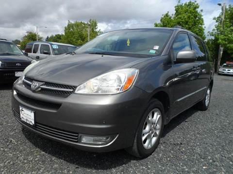 2004 Toyota Sienna for sale at Universal Auto Sales Inc in Salem OR