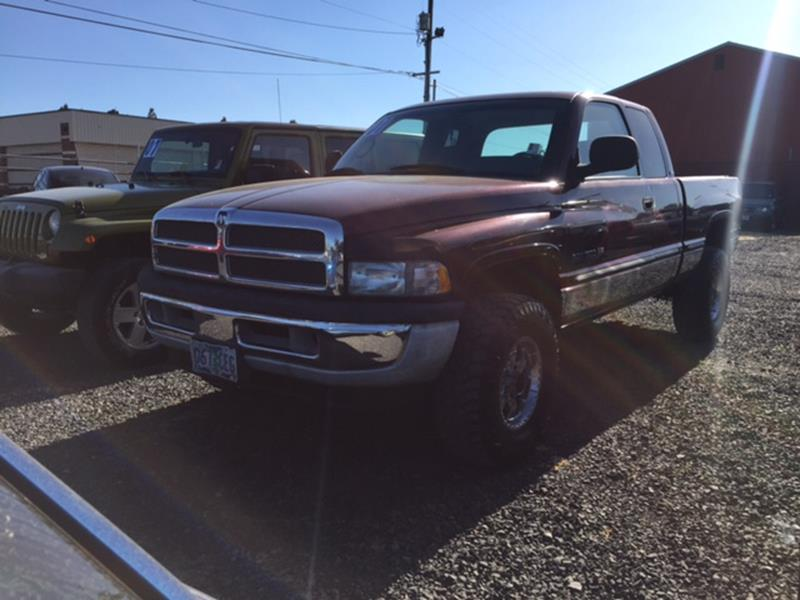 2001 Dodge Ram Pickup 1500 for sale at Universal Auto Sales Inc in Salem OR