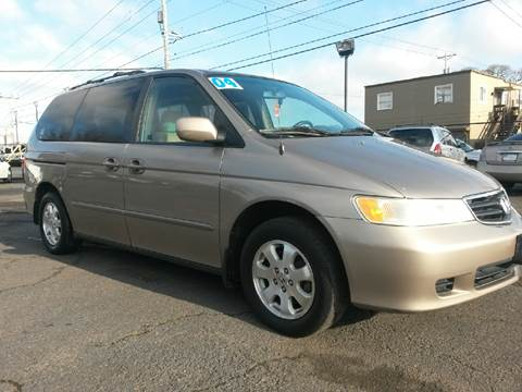 2004 Honda Odyssey for sale at Universal Auto Sales Inc in Salem OR