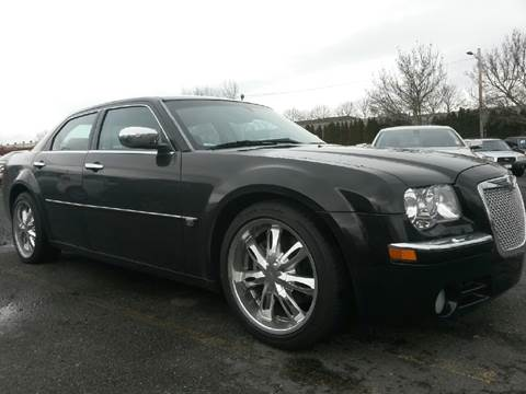 2006 Chrysler 300 for sale at Universal Auto Sales Inc in Salem OR