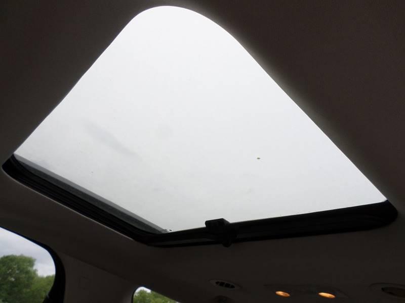 2010 Saturn Outlook for sale at Farmington Auto Plaza in Farmington MO