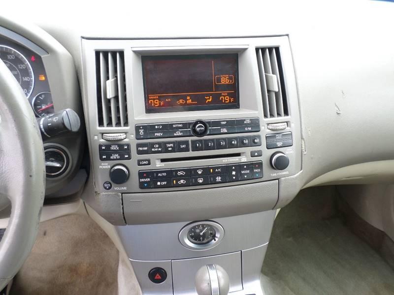 2004 Infiniti FX35 for sale at Farmington Auto Plaza in Farmington MO