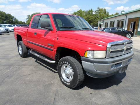 2000 Dodge Ram Pickup 2500 for sale at Farmington Auto Plaza in Farmington MO