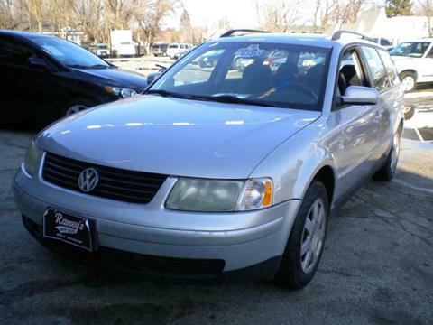 2000 Volkswagen Passat for sale in Zion, IL