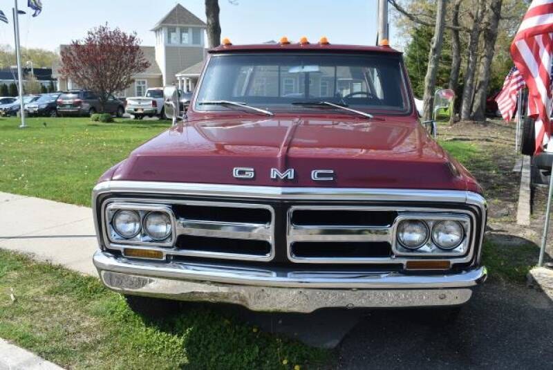 1970 GMC 2500 Pickups pick up - St James NY