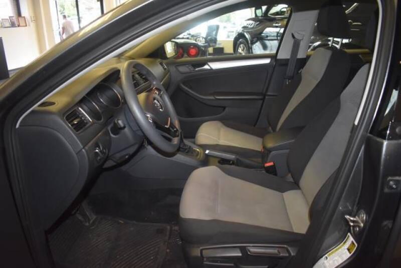 2017 Volkswagen Jetta 1.4T S 4dr Sedan 6A - St James NY