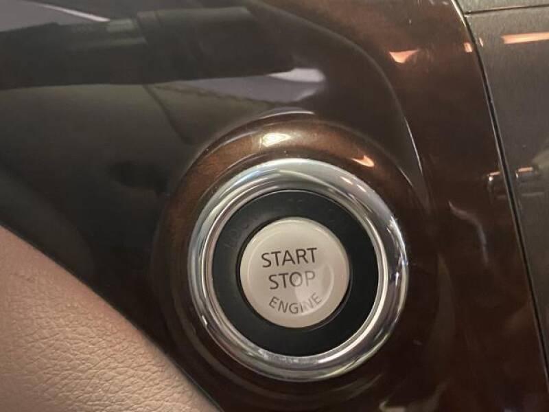 2012 Nissan Quest 4dr SL - St James NY