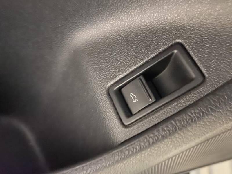 2017 Volkswagen Jetta 1.4T SE 4dr Sedan 6A - St James NY