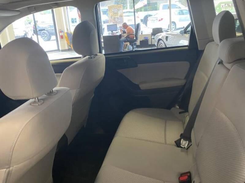 2016 Subaru Forester AWD 2.5i Premium 4dr Wagon CVT - St James NY