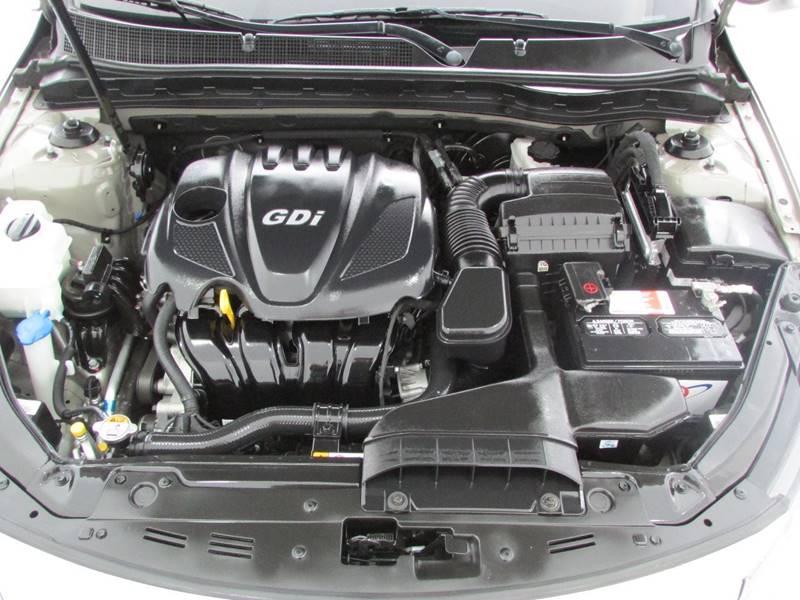 2013 Kia Optima LX 4dr Sedan - Las Vegas NV