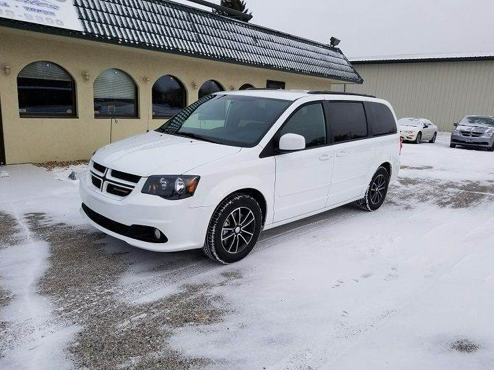 2016 Dodge Grand Caravan for sale at Dukes Auto Sales in Glyndon MN