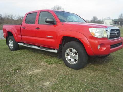 2005 Toyota Tacoma for sale at Sinclair Auto Inc. in Pendleton IN