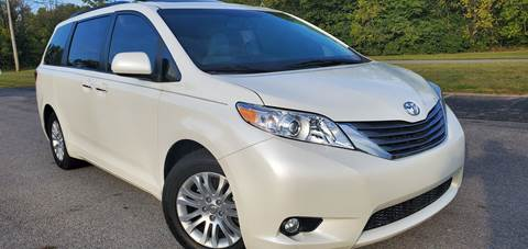 2016 Toyota Sienna for sale at Sinclair Auto Inc. in Pendleton IN