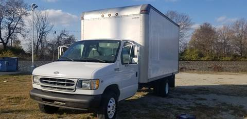 2001 Ford E-Series Chassis for sale at Sinclair Auto Inc. in Pendleton IN