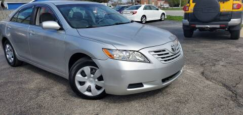 2009 Toyota Camry LE for sale at Sinclair Auto Inc. in Mccordsville IN