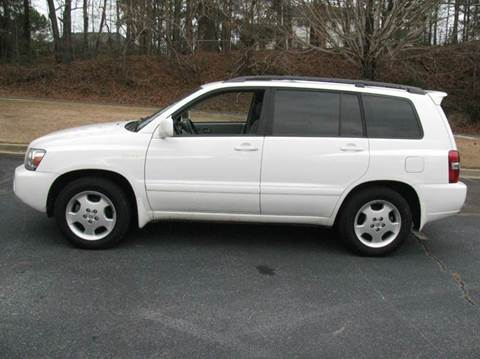 2005 Toyota Highlander for sale at Automotion Of Atlanta in Conyers GA