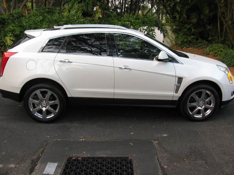2010 Cadillac SRX for sale at Automotion Of Atlanta in Conyers GA