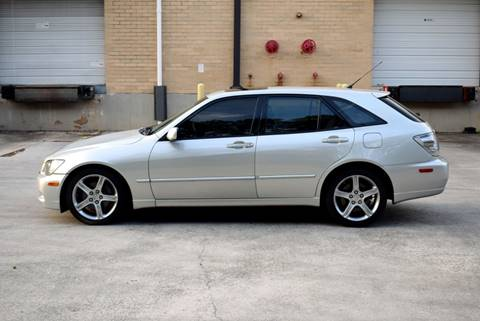 2002 Lexus IS 300 for sale at Automotion Of Atlanta in Conyers GA