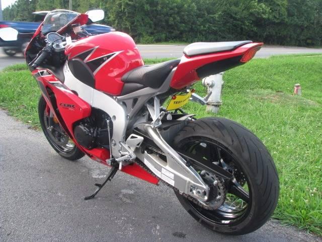 2011 Honda CBR1000RR Fireblade - Duluth GA
