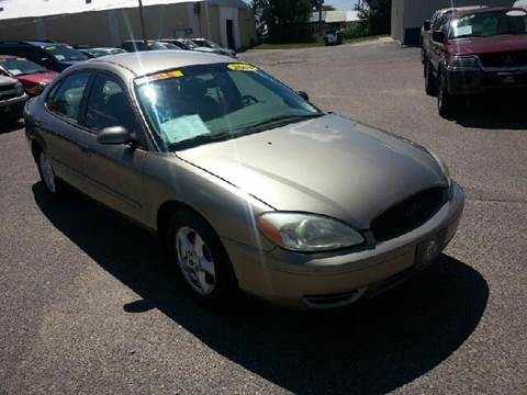 2004 Ford Taurus for sale in Baraboo, WI