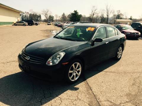 2005 Infiniti G35 for sale at River Motors in Portage WI