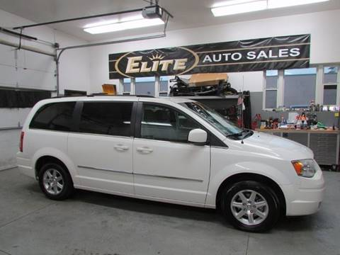 2009 Chrysler Town and Country for sale in Idaho Falls, ID
