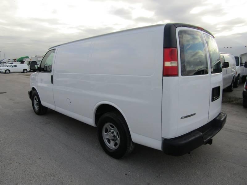 4505b037da 2005 Chevrolet Express Cargo 3dr  Cargo Van  Contractor Truck  In ...