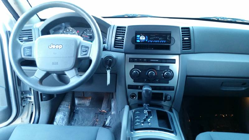2007 Jeep Grand Cherokee Laredo 4dr SUV 4WD - Kearney NE