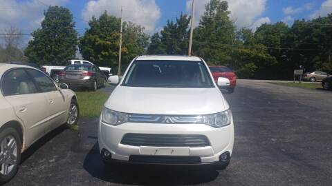 2014 Mitsubishi Outlander for sale at Pool Auto Sales Inc in Spencerport NY