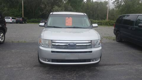 2009 Ford Flex for sale at Pool Auto Sales Inc in Spencerport NY