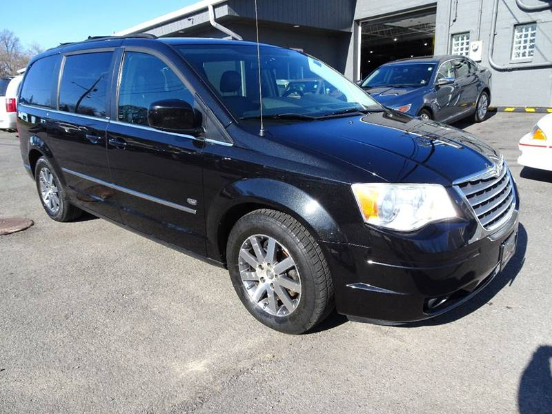 2009 Chrysler Town and Country for sale at Great Lakes Classic Cars & Detail Shop in Hilton NY