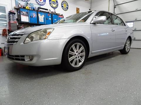 2006 Toyota Avalon for sale at Great Lakes Classic Cars in Hilton NY
