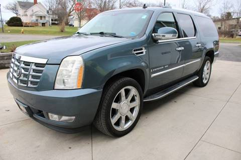 2008 Cadillac Escalade ESV for sale at Great Lakes Classic Cars in Hilton NY