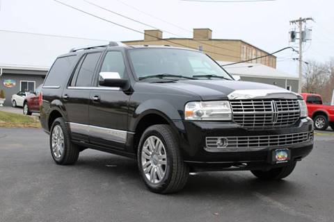 2012 Lincoln Navigator for sale at Great Lakes Classic Cars in Hilton NY