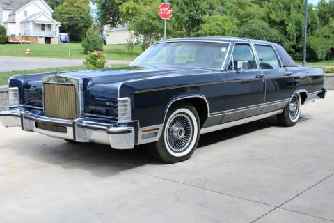 1979 Lincoln Town Car for sale at Great Lakes Classic Cars in Hilton NY