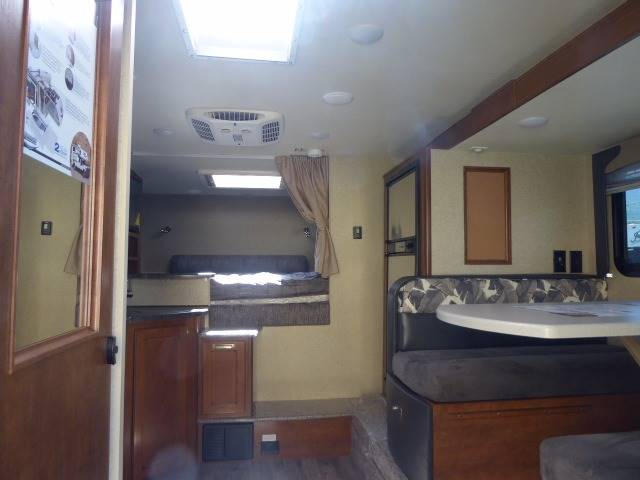 2018 Lance 995 Truck Camper - Grants Pass OR