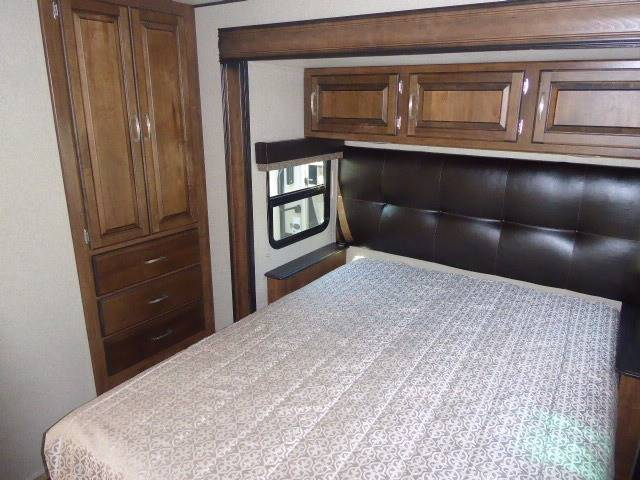 2018 Grand Design Reflection 315RLTS Travel Trailer - Grants Pass OR